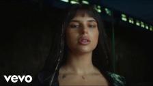 Nathy Peluso 'Delito' music video