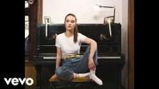 Sigrid 'Don´t Kill My Vibe (Acoustic)' music video
