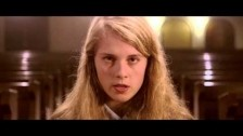 Marika Hackman 'Cannibal' music video