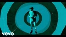 Thomas Dybdahl 'Just a Little Bit' music video