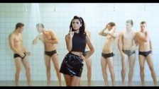Marina & The Diamonds 'How To Be A Heartbreaker' music video