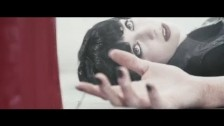 Skillet 'Not Gonna Die' music video
