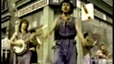 Dexys Midnight Runners 'Come On Eileen' music video