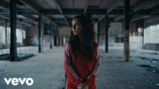 Amy Shark 'C'MON' music video