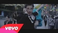 Otto Knows 'Parachute' music video