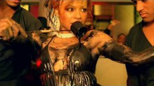 Christina Milian 'Dip It Low' music video