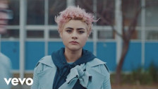 Montaigne 'Ready' music video