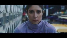 Julietta 'Beach Break (Sofi Tukker Remix)' music video