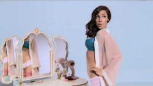 The Saturdays 'Just Can't Get Enough' music video
