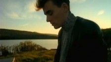 Simple Minds 'Alive And Kicking' music video