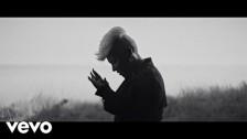 Emeli Sandé 'Hurts' music video