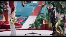 Sofi Tukker 'Drinkee' music video