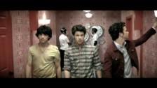Jonas Brothers 'Paranoid' music video