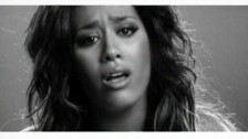 Amel Bent 'A 20 Ans' music video