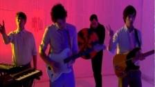 Metronomy 'Holiday' music video