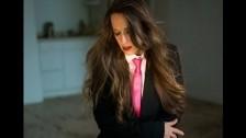 Karen Nielsen 'Ode' music video