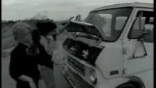 L7 'Stuck Here Again' music video