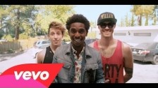 Shwayze 'Kick It' music video