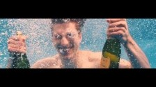 Alt-J 'Left Hand Free (Version 2)' music video