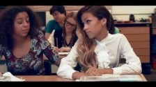 Skylar Stecker 'Hey' music video