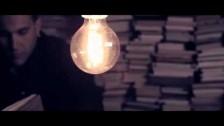 Lexu's 'No puc oblidar' music video