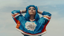 Jarina De Marco 'Bilingual' music video