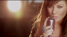 Kelly Clarkson 'Stronger (What Doesn't Kill You)' music video