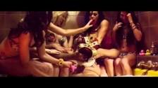 Charlotte Devaney 'Bass Dunk' music video