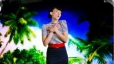 Anna Depenbusch 'Sommer aus Papier' music video
