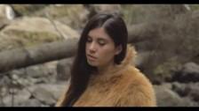 Javiera Mena 'No Te Cuesta Nada' music video