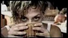 Irene Grandi 'Sconvolto così' music video