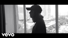bülow 'Fine' music video