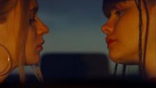 Vendredi sur Mer 'Les Filles Désir' music video
