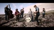 Derek Ryan 'Hold On To Your Hat' music video