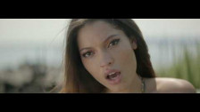 Maxine Ashley 'Happy (With Or Without You)' music video