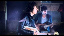 The Kooks 'Is It Me' music video