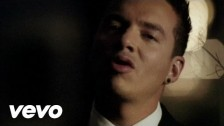 J Balvin 'En Lo Oscuro' music video