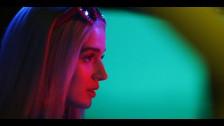 Poppy 'Bleach Blonde Baby' music video