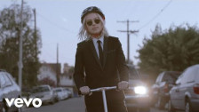 Phoebe Bridgers 'Motion Sickness' music video