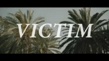 Dinamo Azari 'Victim' music video