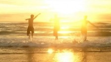 Jordan Mitchell 'Sunshine' music video