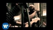 Max Pezzali 'Mezzo pieno o mezzo vuoto' music video