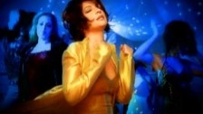 Gloria Estefan 'Don't Let This Moment End' music video