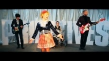 The Primitives 'Turn Off The Moon' music video