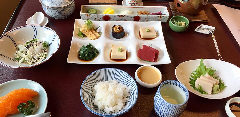 A traditional kaiseki breakfast