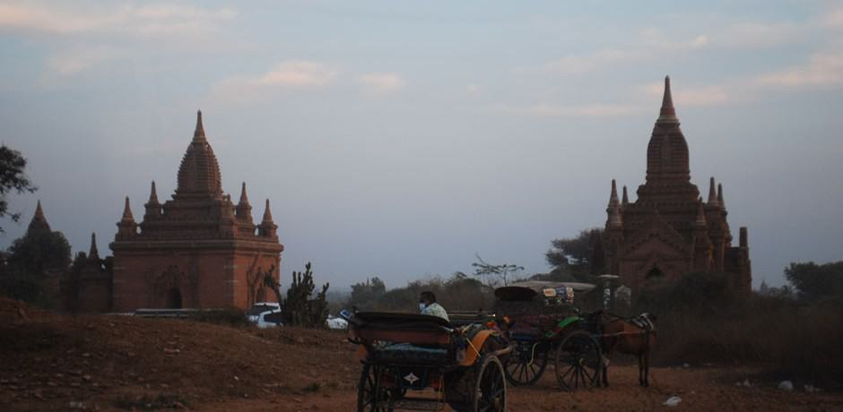 Sunset in Bagan is a perfect time for viewing the temple fields.