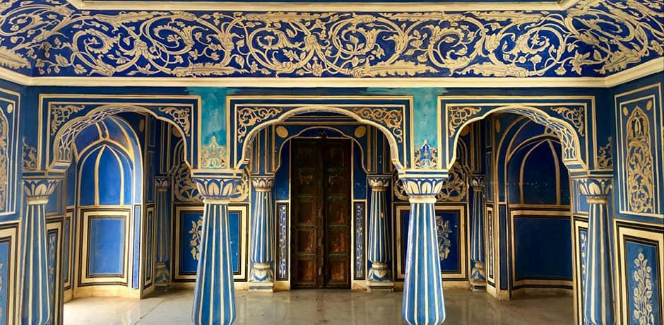 Exploring Jaipur's stunning city palace