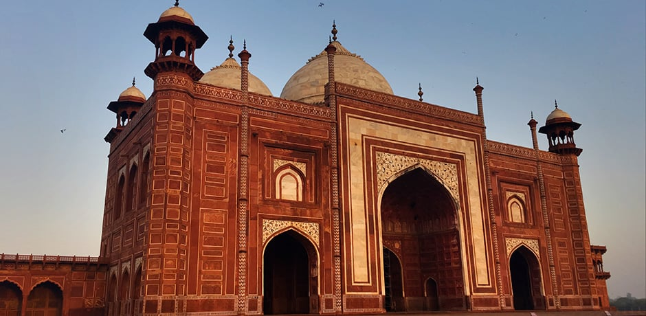 This mosque, located on the western side of the Taj Mahal, was completed in 1653 AD