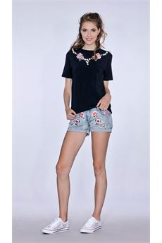 Pearls and flowers t-shirt TI CHIC | 8 | 181TS519NE