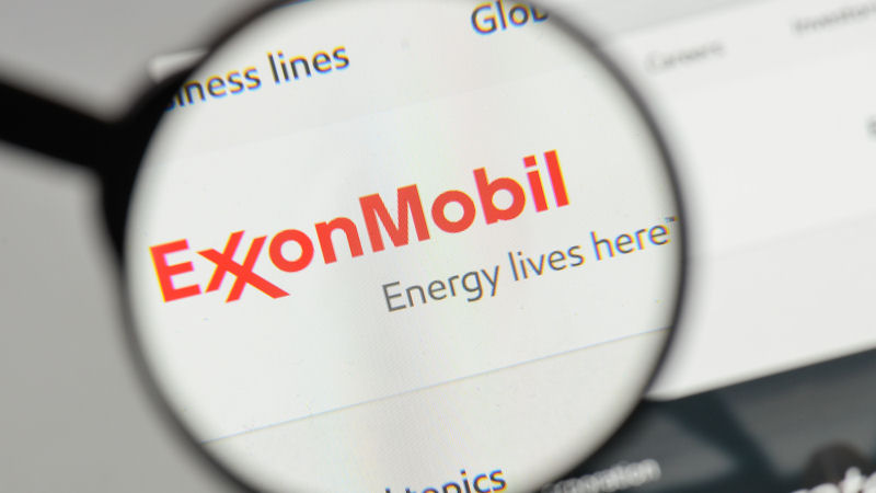 Exxon Mobil Corp (XOM) Stock Pulls Back This Week After Strong Run